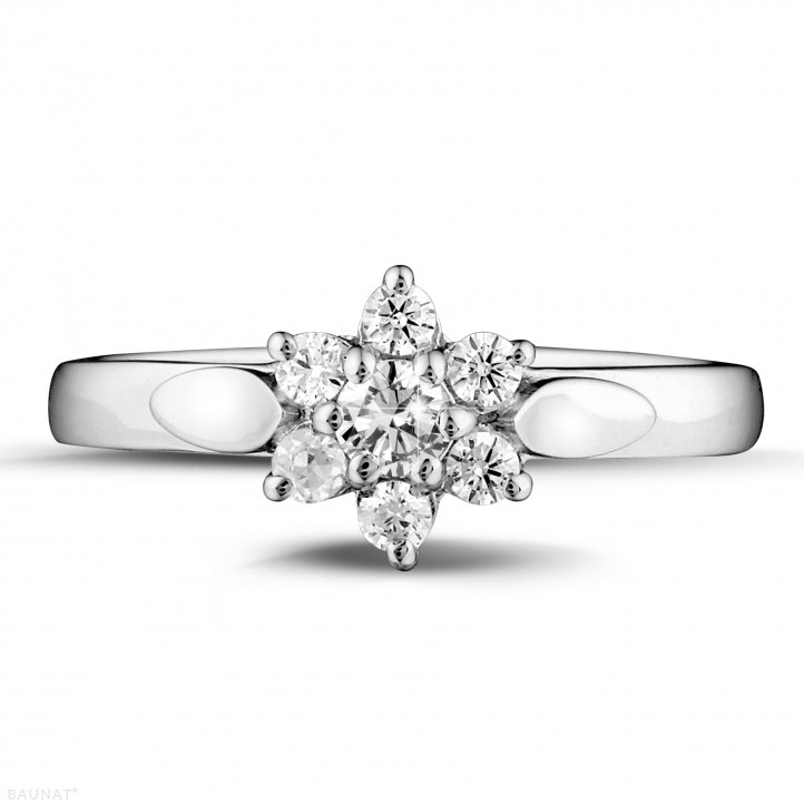 0.30 carat diamond flower ring in platinum