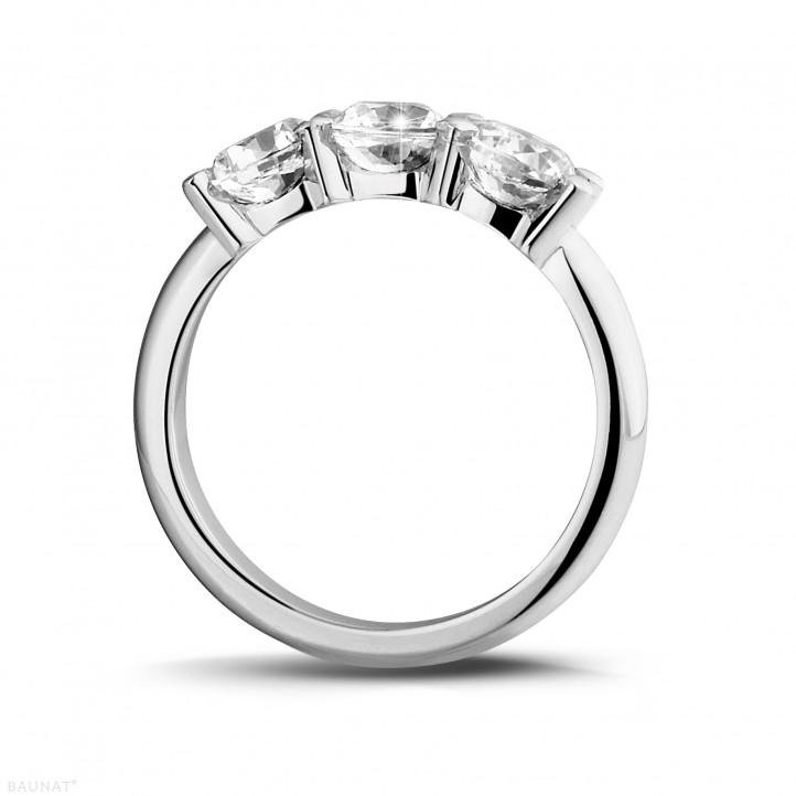 2.00 carat trilogy ring in platinum with round diamonds