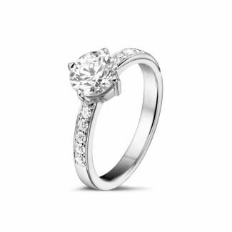 Classics - 1.00 carat solitaire diamond ring in platinum with side diamonds