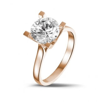 - 2.50 carat solitaire diamond ring in red gold