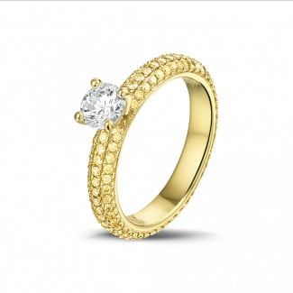 Rings - 0.50 carat solitaire ring (full set) in yellow gold with yellow side diamonds