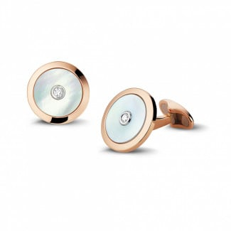 Cufflinks - Red golden cufflinks with mother of pearl and a central diamond