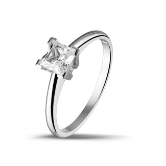 Exclusive jewellery - 1.00 carat solitaire ring in white gold with princess diamond of exceptional quality (D-IF-EX)
