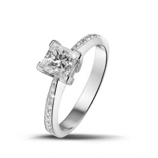 Engagement - 1.00 carat solitaire ring in white gold with princess diamond and side diamonds