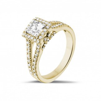- 0.50 carat solitaire ring in yellow gold with princess diamond and side diamonds