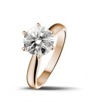 - 2.00 carat solitaire diamond ring in red gold