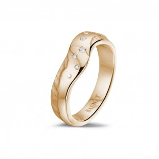Red gold diamond wedding bands - Diamond design eternity ring in red gold with small diamonds