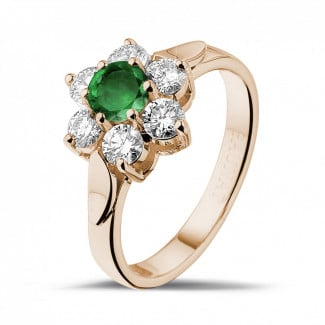 Engagement - Flower ring in red gold with a round emerald and side diamonds