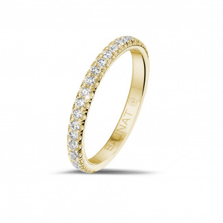 Romantic - 0.35 carat eternity ring (half set) in yellow gold with round diamonds