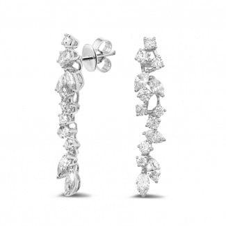 Classics - 2.70 carat earrings in platinum with round and marquise diamonds