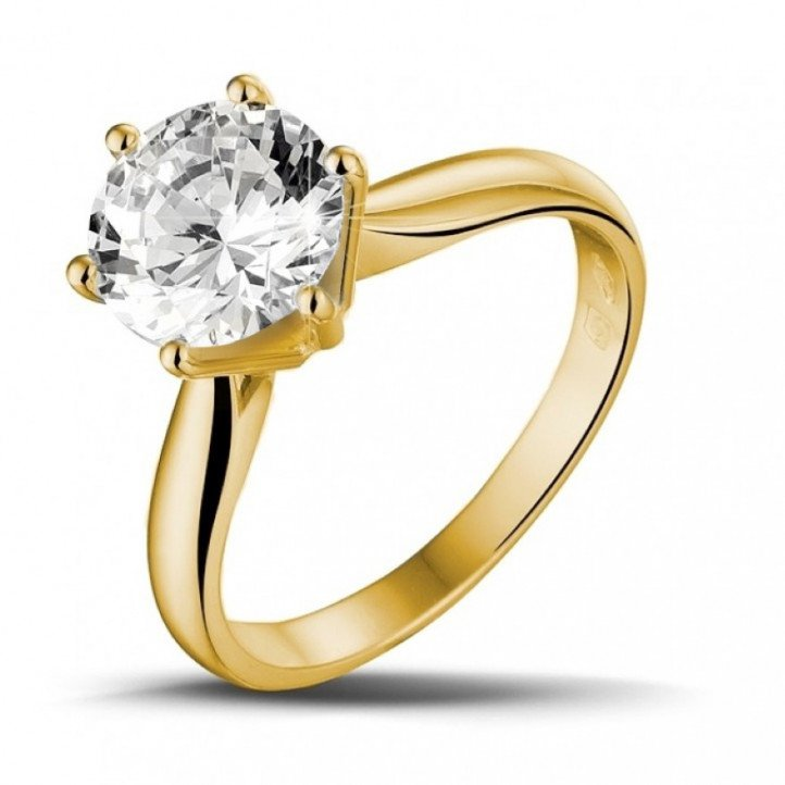 2.50 carat solitaire diamond ring in yellow gold