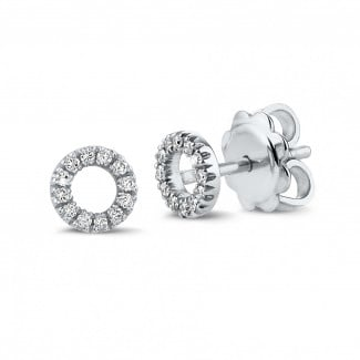 White Gold Diamond Earrings - OO earrings in white gold with small round diamonds