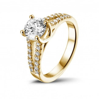 Rings - 1.00 carat solitaire ring in yellow gold with side diamonds