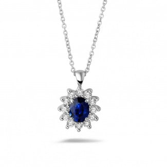 Necklaces - Entourage pendant in white gold with oval sapphire and round diamonds