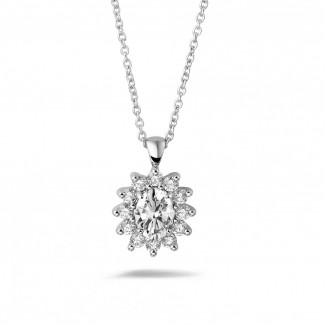 Necklaces - 1.85 carat entourage pendant in white gold with oval and round diamonds