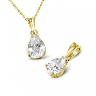 Yellow Gold Diamond Necklaces - 1.00 carat yellow golden solitaire pendant with pear shaped diamond