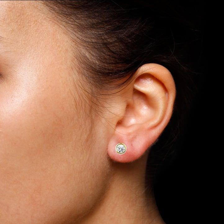 1.00 carat diamond satellite earrings in yellow gold