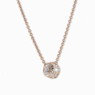 Red Gold - 0.25 carat diamond design necklace in red gold