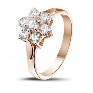 - 1.00 carat diamond flower ring in red gold