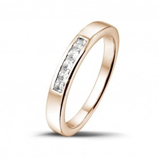 0.30 carat red golden eternity ring with princess diamonds