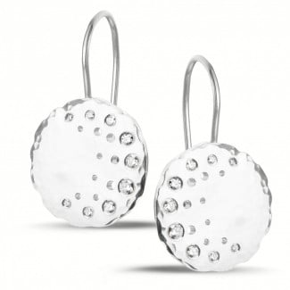 Platinum - 0.26 carat diamond design earrings in platinum