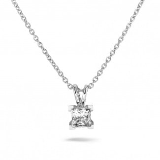 Necklaces - 1.00 carat solitaire pendant in white gold with princess diamond