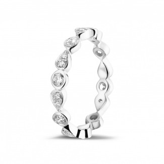 Rings - 0.50 carat diamond stackable alliance in white gold with pear design