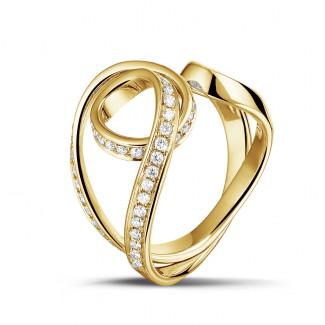 Artistic - 0.55 carat diamond design ring in yellow gold