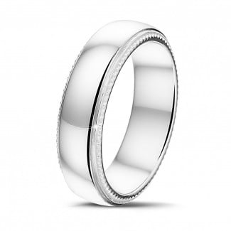 Classics - Men's ring with a slightly domed surface of 6.00 mm in white gold with milgrain