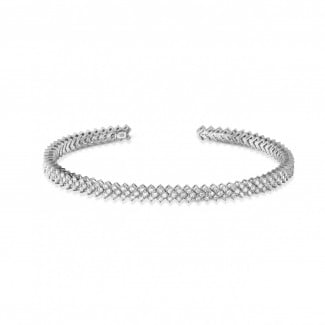 Bracelets - 0.80 carat diamond bangle in white gold
