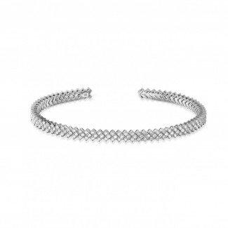 Classics - 0.80 carat diamond bangle in white gold