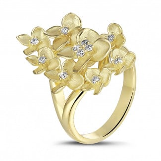 Yellow Gold - 0.30 carat diamond design floral ring in yellow gold