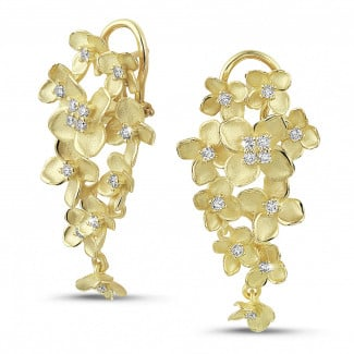 New Arrivals - 0.70 carat diamond design floral earrings in yellow gold