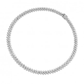 High Jewellery - 19.50 Ct necklace in white gold with fishtail design