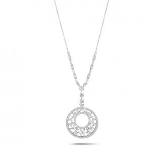High Jewellery - 7.70 Ct necklace in white gold with round, marquise, pear and heart-shaped diamonds