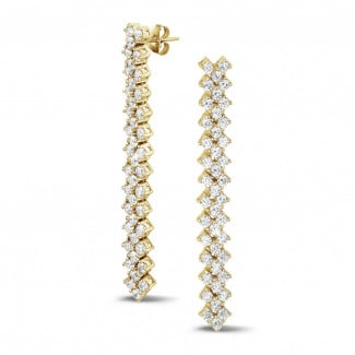 Yellow Gold Diamond Earrings - 5.80 Ct earrings in yellow gold with fishtail design