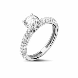 Engagement - 0.90 carat solitaire ring (half set) in white gold with side diamonds