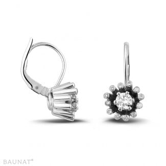 Brilliant earrings - 0.50 carat diamond design earrings in white gold