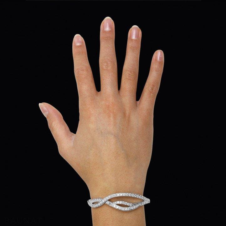 3.32 carat diamond design bracelet in white gold