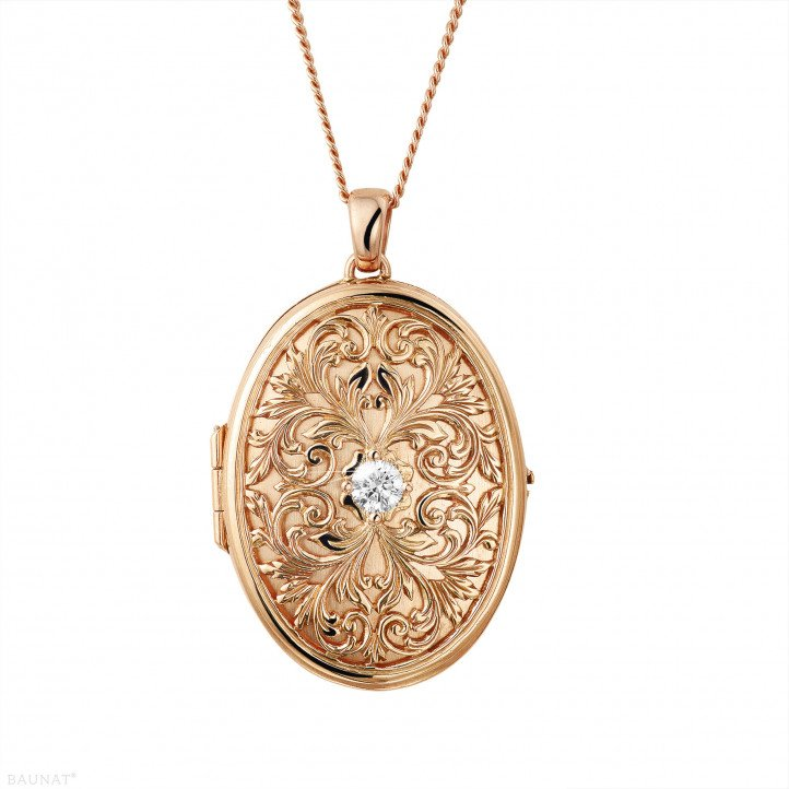0.40 carat diamond design medallion in red gold