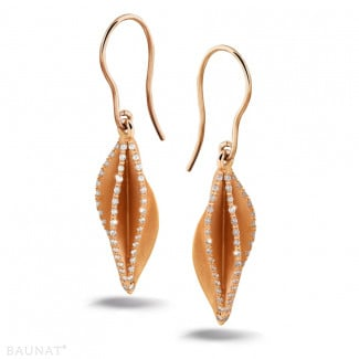 Red Gold - 2.26 carat diamond design earrings in red gold