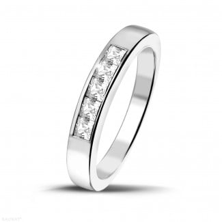 Men's jewellery - 0.50 carat white golden eternity ring with princess diamonds