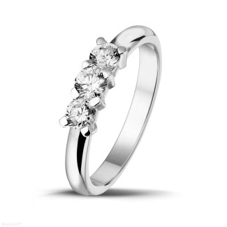 Trilogy - 0.50 carat trilogy ring in white gold with round diamonds