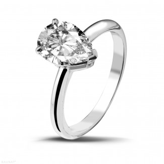 White Gold Diamond Rings - 2.00 carat solitaire ring in white gold with pear shaped diamond