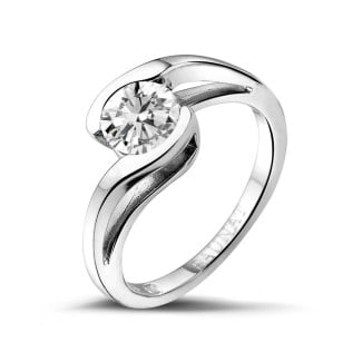 - 1.00 carat solitaire diamond ring in white gold
