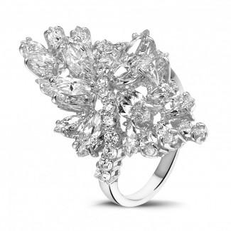 高定珠寶 - 5.80 克拉白金欖尖與圓形鑽石戒指