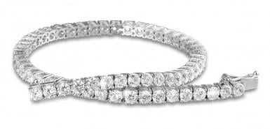 Tip: a beautiful bracelet in white gold