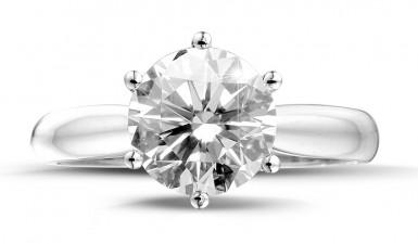 Buying a ring with a brilliant? Go for the 'wow factor'!