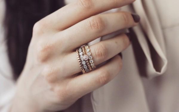 可叠戴戒指