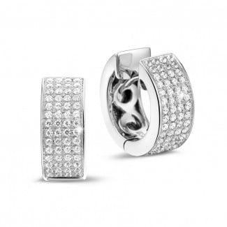 金钻石耳环 - 0.75克拉白金密镶钻石耳环